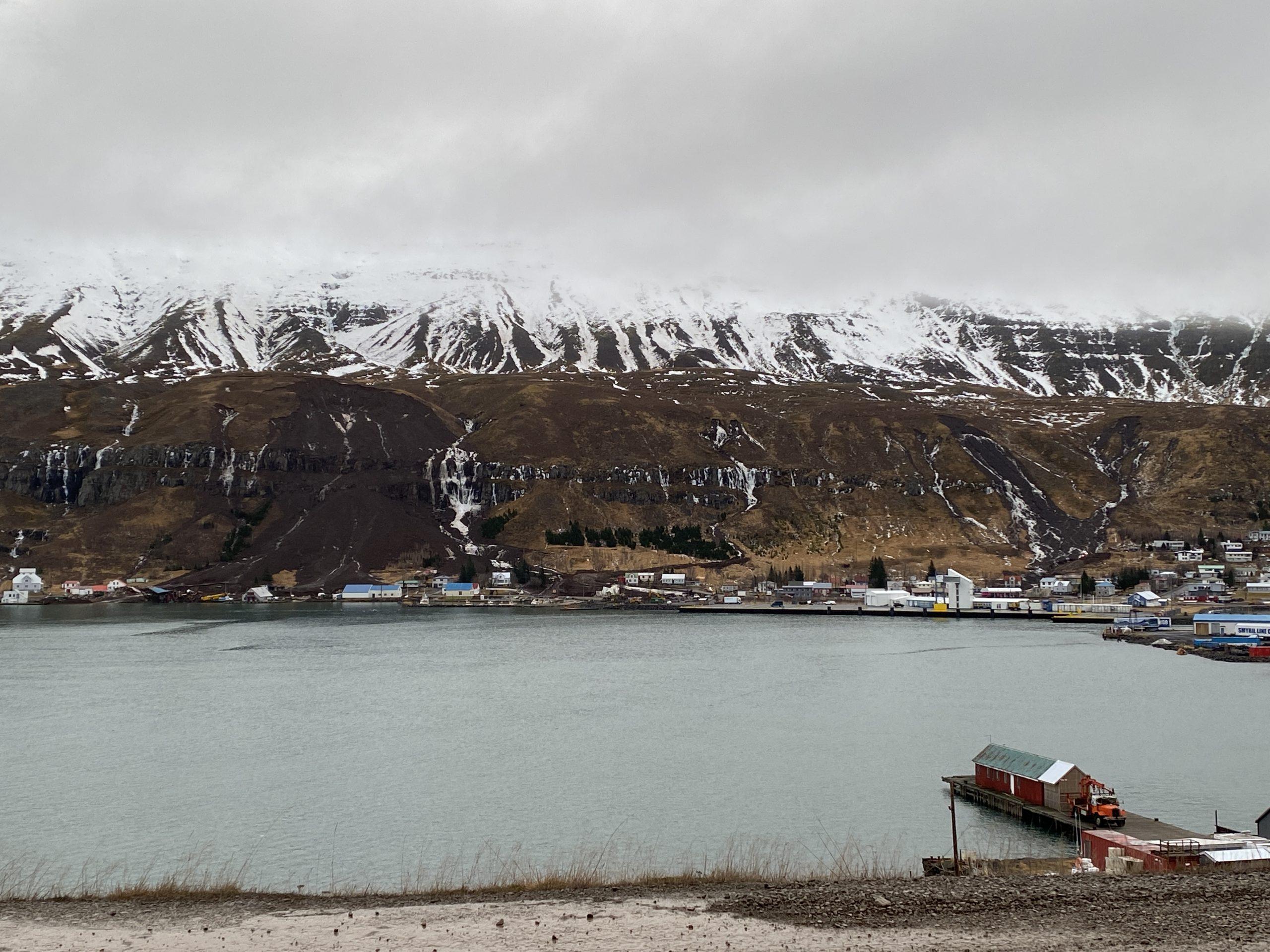 Seyðisfjörður: Engin hreyfing greinst í hlíðinni. Áfram vel fylgst með